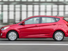2015-Hyundai-Accent-Side-4-1500x1000.jpg