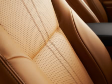 2015-Jaguar-XJ-Interior-Detail-3-1500x1000.jpg