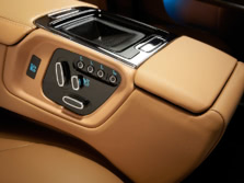 2015-Jaguar-XJ-Interior-Detail-4-1500x1000.jpg