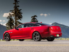 2015-Jaguar-XJ-Rear-Quarter-5-1500x1000.jpg