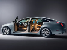 2015-Jaguar-XJ-Side-2-1500x1000.jpg