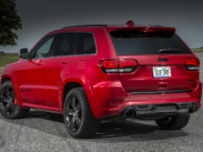 2015-Jeep-Grand-Cherokee-SRT-Rear-Quarter-2-1500x1000.jpg