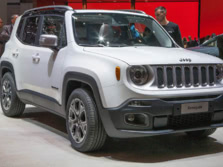 2015-Jeep-Renegade-Front-Quarter-66-1500x1000.jpg