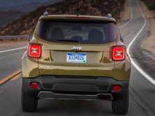 2015-Jeep-Renegade-Rear-10-1500x1000.jpg