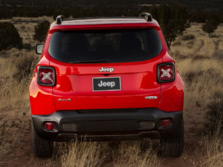 2015-Jeep-Renegade-Rear-4-1500x1000.jpg