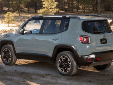 2015-Jeep-Renegade-Rear-Quarter-16-1500x1000.jpg