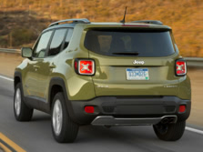 2015-Jeep-Renegade-Rear-Quarter-30-1500x1000.jpg
