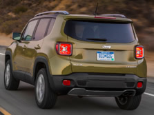 2015-Jeep-Renegade-Rear-Quarter-32-1500x1000.jpg