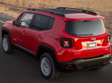 2015-Jeep-Renegade-Rear-Quarter-6-1500x1000.jpg