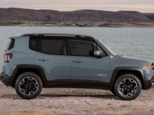 2015-Jeep-Renegade-Side-5-1500x1000.jpg