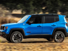 2015-Jeep-Renegade-Side-7-1500x1000.jpg