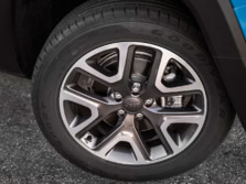 2015-Jeep-Renegade-Wheels-2-1500x1000.jpg