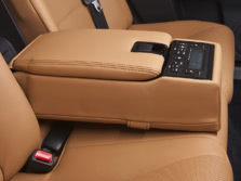 2015-Lexus-GS-Rear-Interior-2-1500x1000.jpg
