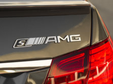 2015-Mercedes-Benz-E-Class-AMG-Badge-1500x1000.jpg
