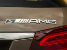 2015-Mercedes-Benz-E-Class-AMG-Badge-2-1500x1000.jpg