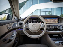 2015-Mercedes-Benz-S-Class-AMG-Steering-Wheel-6-1500x1000.jpg