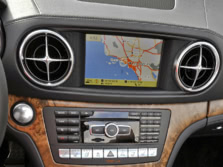 2015-Mercedes-Benz-SL-Class-Center-Console-1500x1000.jpg