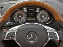 2015-Mercedes-Benz-SL-Class-Instrument-Panel-1500x1000.jpg
