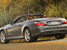 2015-Mercedes-Benz-SL-Class-Rear-Quarter-3-1500x1000.jpg