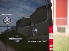 2015-Mercedes-Benz-Sprinter-Badge-1500x1000.jpg