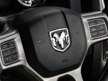 2015-Ram-Ram-Pickup-1500-Steering-Wheel-2-1500x1000.jpg