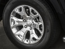 2015-Ram-Ram-Pickup-1500-Wheels-1500x1000.jpg