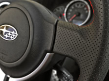 2015-Subaru-BRZ-Steering-Wheel-Detail-1500x1000.jpg