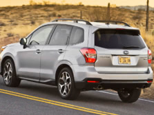 2015-Subaru-Forester-Rear-Quarter-11-1500x1000.jpg
