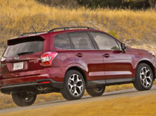 2015-Subaru-Forester-Rear-Quarter-1500x1000.jpg