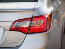 2015-Subaru-Legacy-Badge-6-1500x1000.jpg