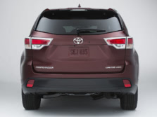 2015-Toyota-Highlander-Rear-1500x1000.jpg