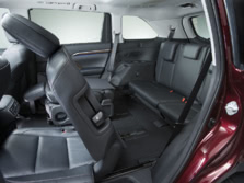 2015-Toyota-Highlander-Rear-Interior-2-1500x1000.jpg