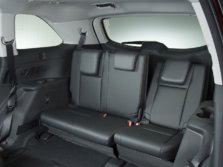 2015-Toyota-Highlander-Rear-Interior-3-1500x1000.jpg