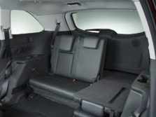 2015-Toyota-Highlander-Rear-Interior-4-1500x1000.jpg