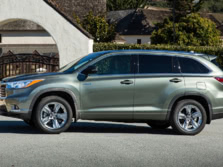 2015-Toyota-Highlander-Side-6-1500x1000.jpg