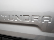 2015-Toyota-Tundra-Badge-1500x1000.jpg