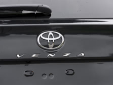 2015-Toyota-Venza-Badge-1500x1000.jpg