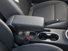 2015-Volkswagen-Beetle-Center-Console-5-1500x1000.jpg