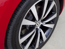 2015-Volkswagen-Beetle-Wheels-2-1500x1000.jpg