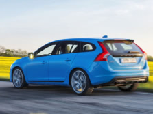 2015-Volvo-V60-Rear-Quarter-1500x1000.jpg