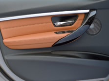 2016-BMW-3-Series-Wagon-Interior-Detail-1500x1000.jpg