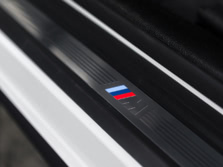 2016-BMW-4-Series-Coupe-Interior-Detail-1500x1000.jpg