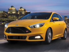 2016-Ford-Focus-Front-Quarter-2-1500x1000.jpg