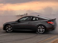 2016-Hyundai-Genesis-Coupe-Rear-Quarter-1500x1000.jpg
