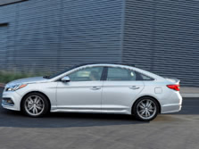 2016-Hyundai-Sonata-Sedan-Side-2-1500x1000.jpg