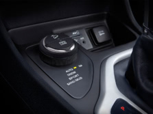 2016-Jeep-Cherokee-Interior-Detail-2-1500x1000.jpg