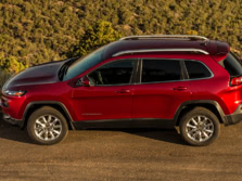 2016-Jeep-Cherokee-Side-2-1500x1000.jpg