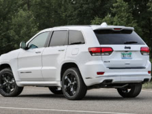 2016-Jeep-Grand-Cherokee-Rear-Quarter-2-1500x1000.jpg