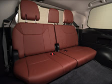 2016-Lexus-LX-Rear-Interior-3-1500x1000.jpg