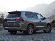 2016-Lexus-LX-Rear-Quarter-1500x1000.jpg